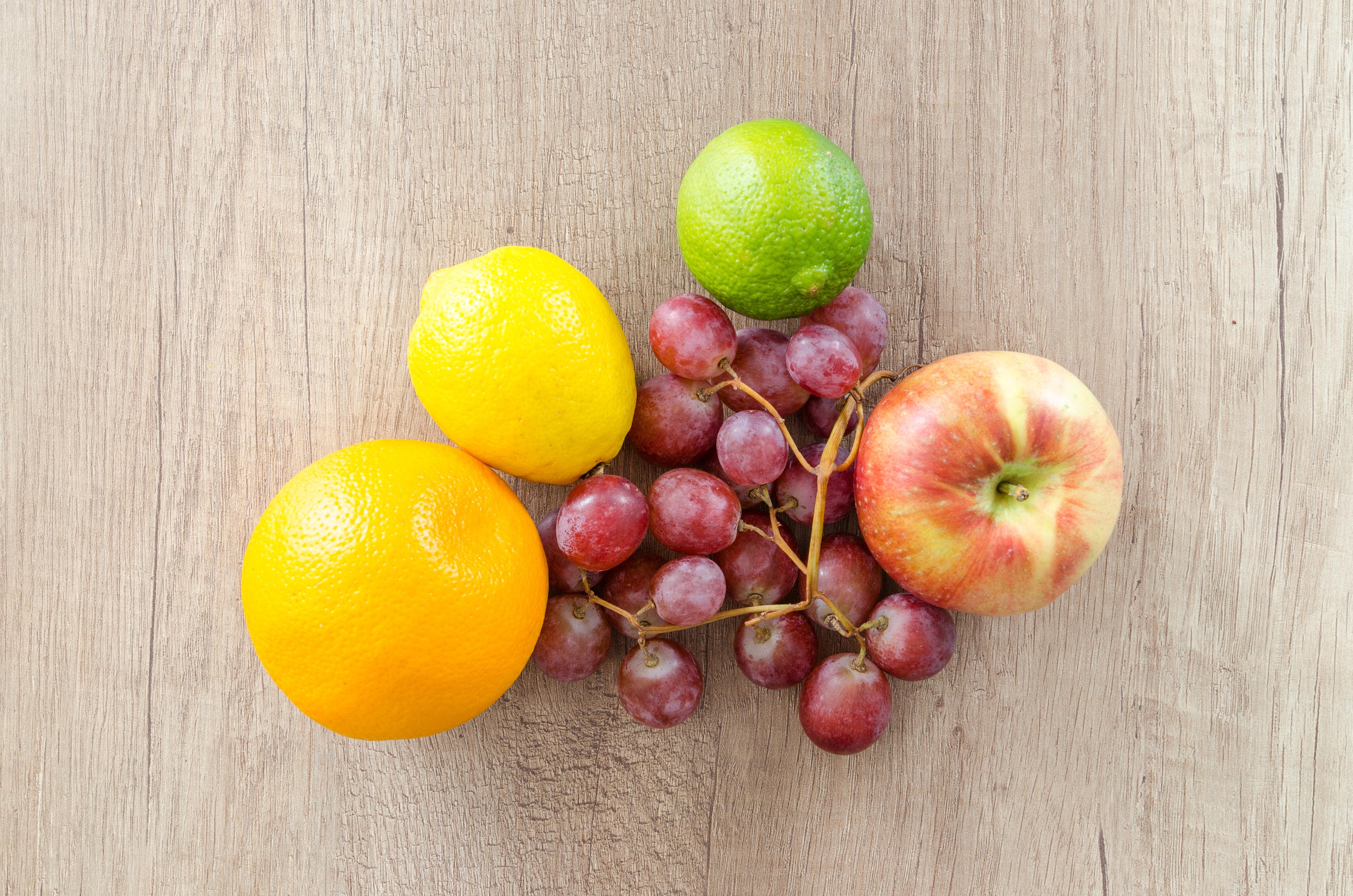 apple-citrus-citrus-fruits-616415.jpg
