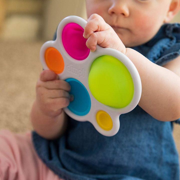 המלצות לבייבי: צעצוע התפתחות מהמם לגיל 1-2שנים