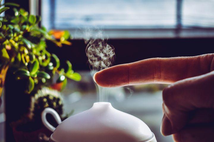 הדיפיוזר שלי: לייצר ניחוחות נעימים בבית עם שמנים אתרים של NowFoods