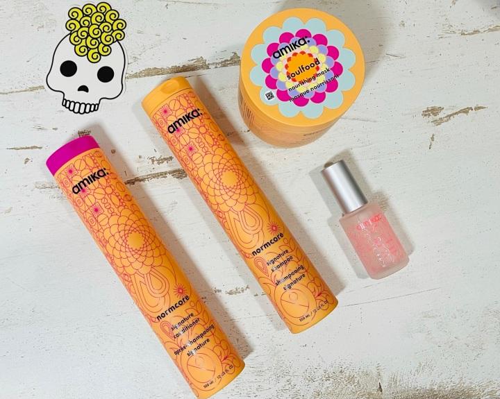 סקירת מוצרים מקולקציית המותג (Signature) של אמיקה – המלצות על שמפו, מרכך, מסיכה ובושם לשיער של אמיקה + קוד להטבה שווהבמיוחד!